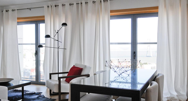 Apartamentos para Venda em Lisboa Parque das Nacoes Empreendimento Panoramic Vista Rio e Vista Cidade Janelas Sala