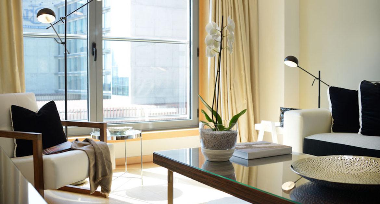 Apartamentos para Venda em Lisboa Parque das Nacoes Empreendimento Panoramic Vista Rio e Vista Cidade Sala Detalhes