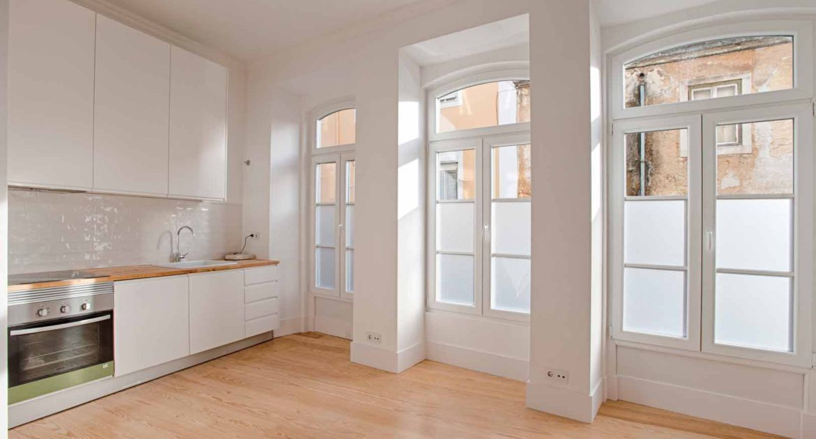 Apartment for sale one 1 bedroom lisbon saint vincent kitchen