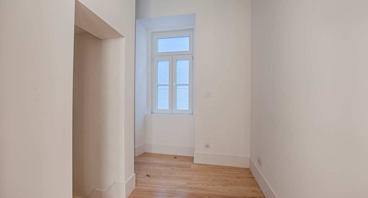 Apartment for sale one 1 bedroom lisbon saint vincent office room