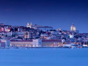 Great-Living-in-Portugal-Lisbon-Sexiest-from-Tagus-River-1