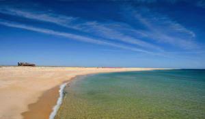 faro-beach-ilha-faro-algarve